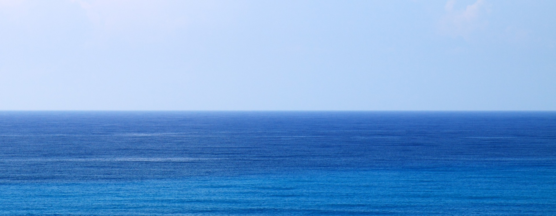 cropped-blue-sea-water-backround1.jpg